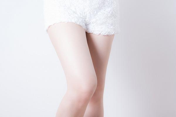 脚やせに見えるこの時期流行りのコーディネイト